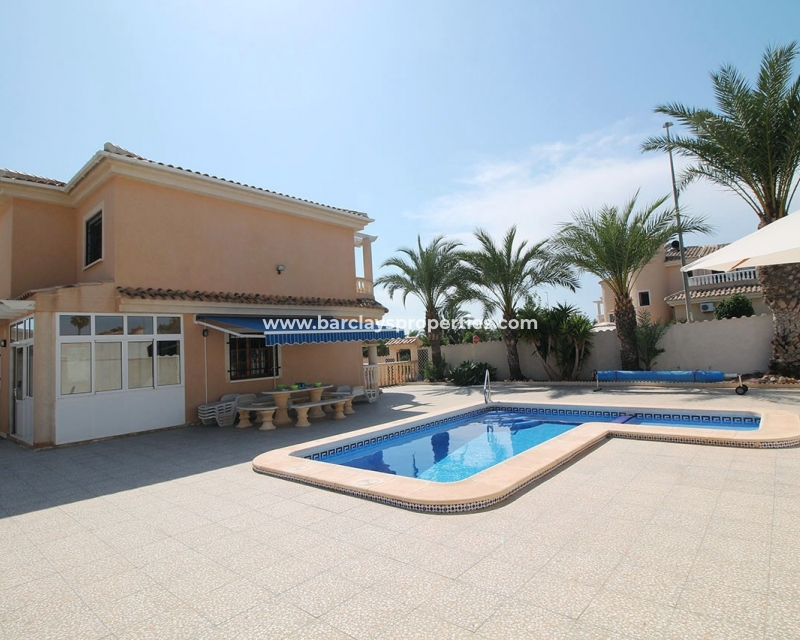 Detached - Resale - Urb. La Marina - Urb. La Marina